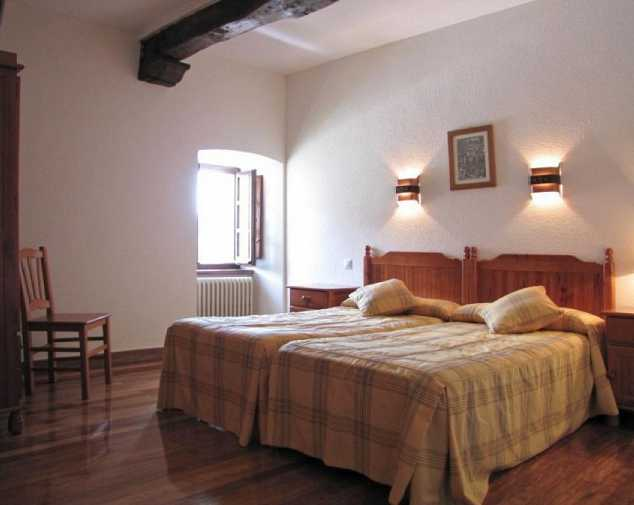 Guesthouses in RoncesvallesGuesthouses in Estella