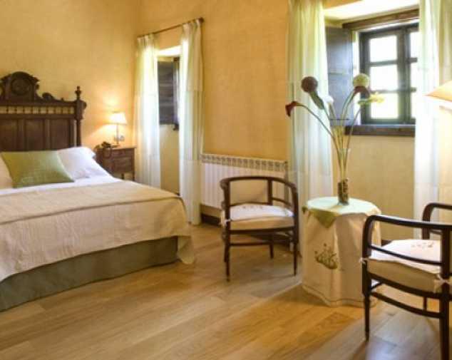 Hotels in Salas
