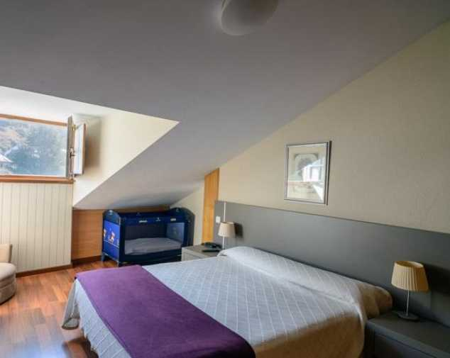 Guesthouses & Inns