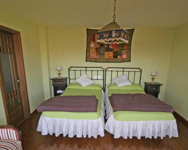 Hostels in Oseira