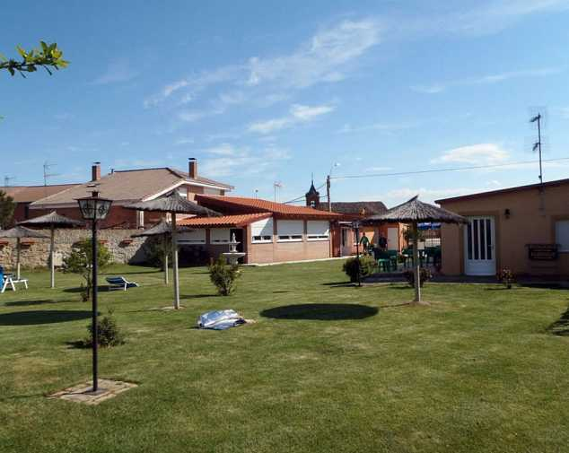 Hostels in Burgo Ranero