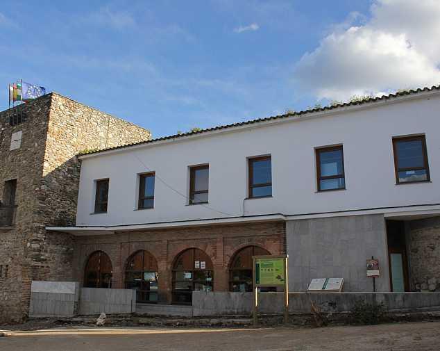Day 4. Castilblanco de los Arroyos - Almadén de la Plata (28,8 Km)