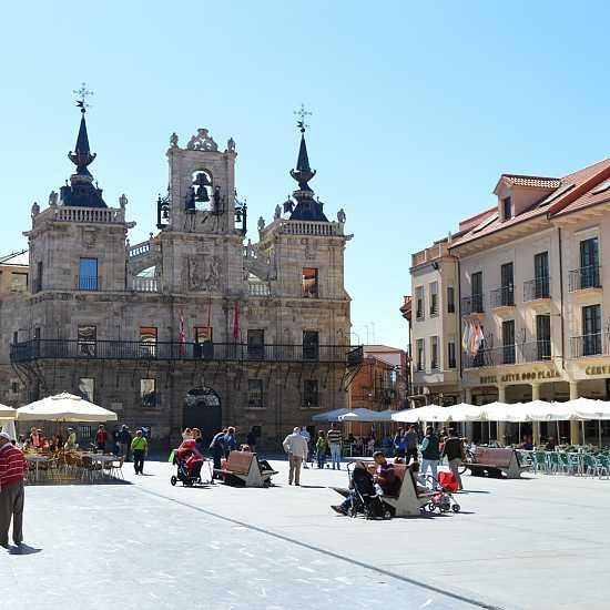 Day 3. Villadangos del Páramo - Astorga (27,9 Km)