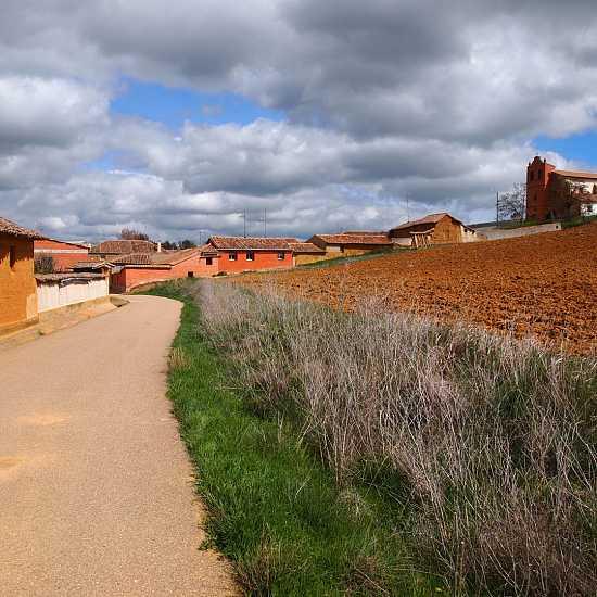 Day 6. Carrión de los Condes - Lédigos (23,4 Km)