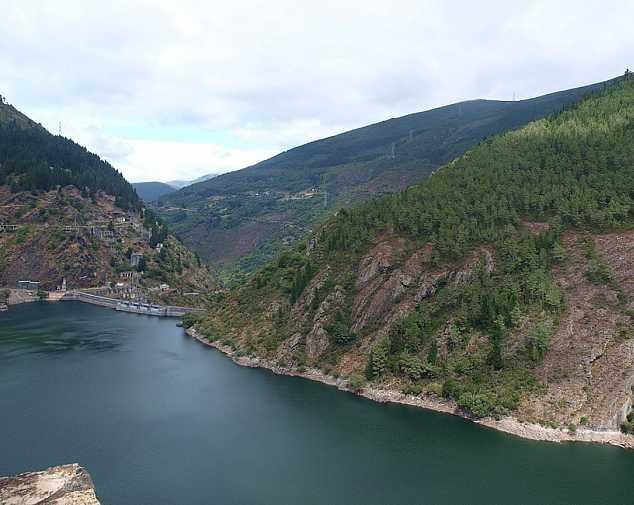 Day 4. Pola de Allande - Grandas de Salime (36,8 Km)