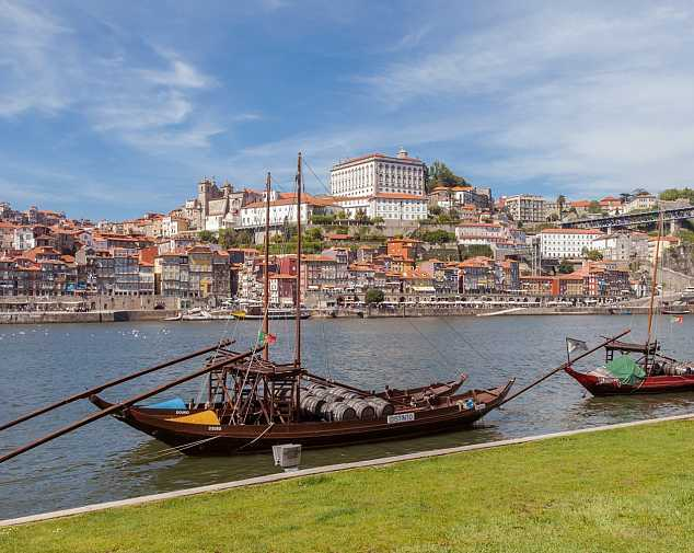 Arrival to Oporto