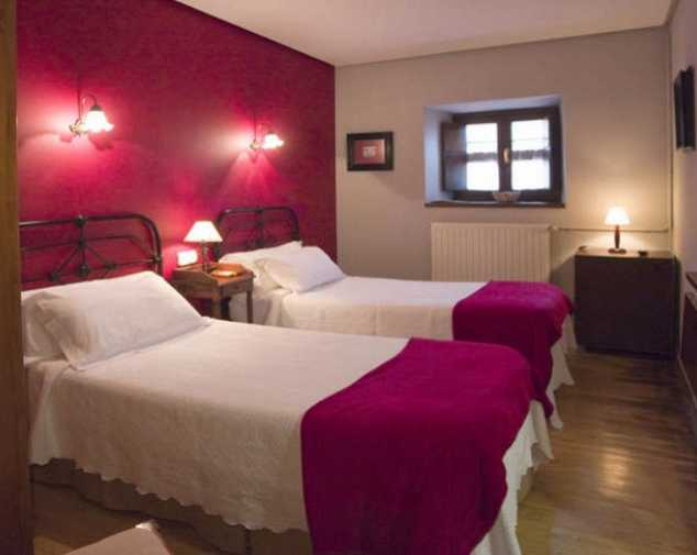 Guesthouses in Salas