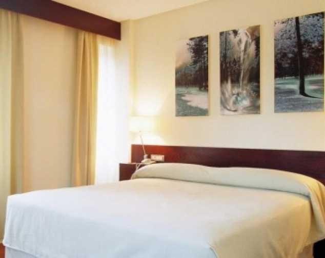 Hotels in Baamonde