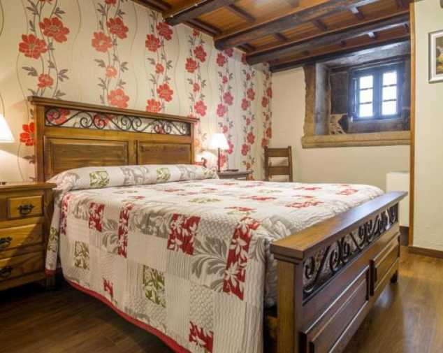 Hotels in Melide