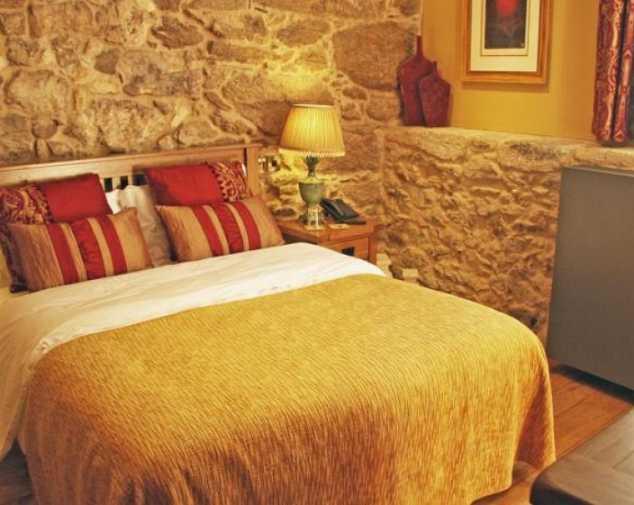 Hotels in San Romao Da Retorta