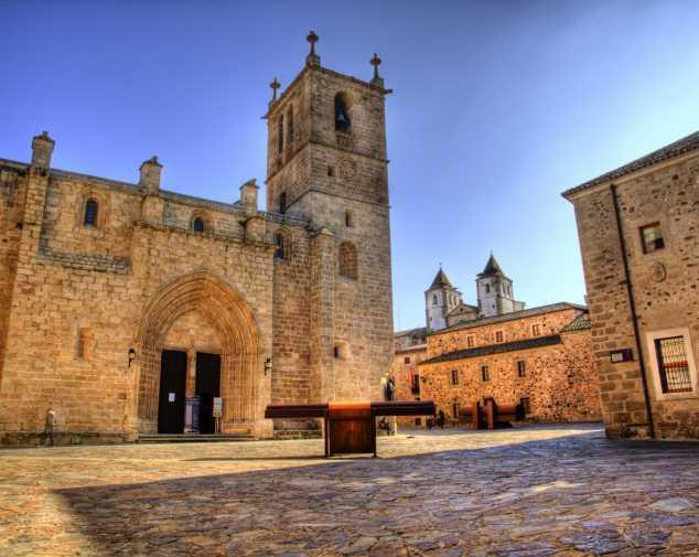 Mérida to Cáceres