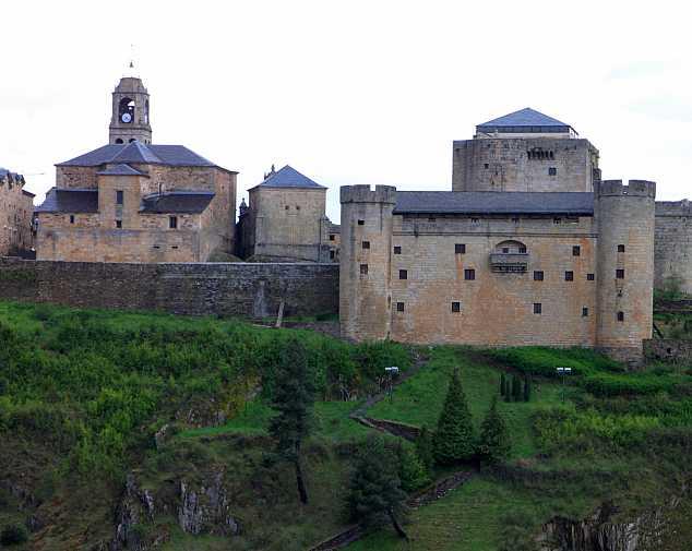 Puebla de Sanabria to Santiago de Compostela