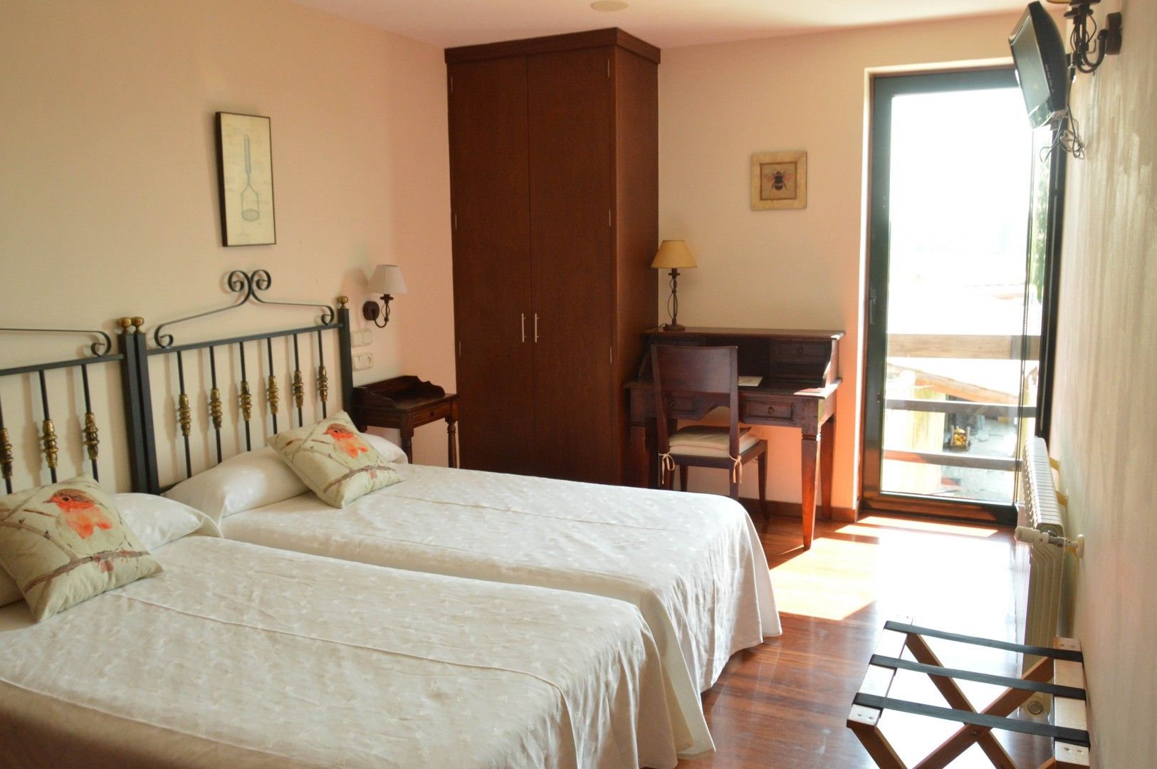Baamonde to santiago de compostela charming hotels for Charming hotels